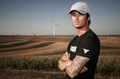 Cedric Dumont - Basejump Ungarn wind power station